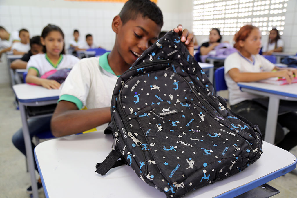 school-bag-in-brazil-6-matheus